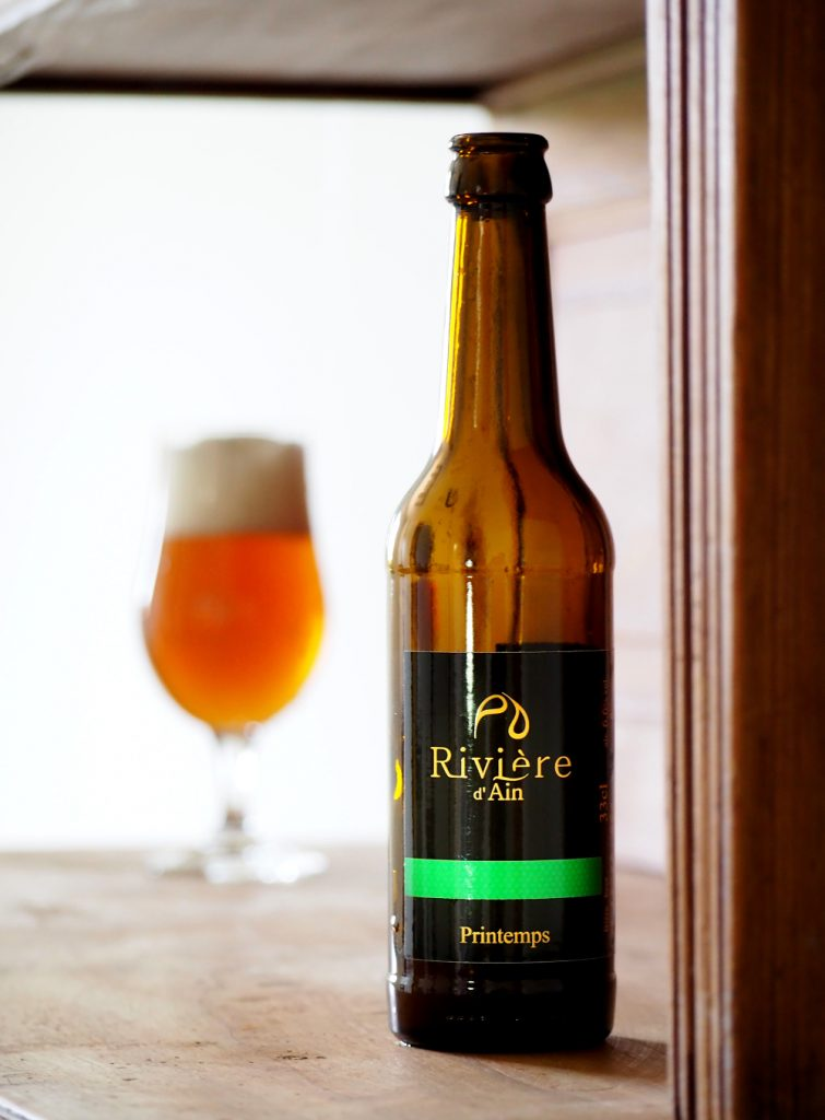 3 characteristics of Rivière d'Ain Spring beer